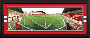 Framed Highbury Empty Panoramic from Corner